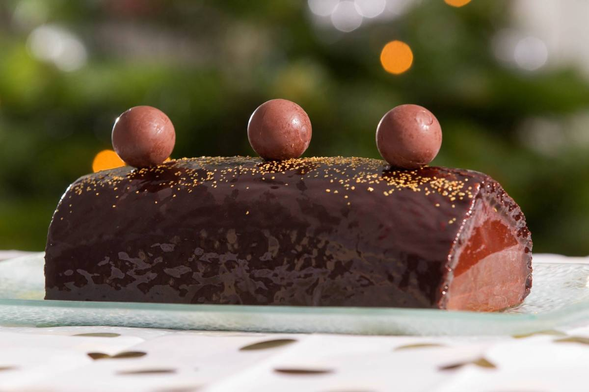 Bûche de Noël Chocolat et poires