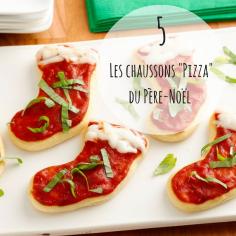 #IDEE recette pour votre apéritif de Noël...Ingrédients: 1 pâte à pizza, 1 sauce tomate nature, mozarella, basilic.Et maintenant? Découpez vos chaussons à l'emporte-pièce, recouvrez de sauce tomate, d'un peu de mozzarella sur le haut du chausson et de fines lamelles de basilic.Enfournez dans un four préchauffé à 180°C durant 15 minutes. Source: Pinterest