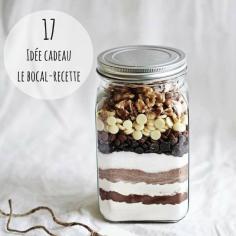 IDEE CADEAU Un bocal et une recette suffisent à réaliser ce petit cadeau gourmand. Glissez-y simplement les ingrédients secs de l'une de vos recettes préférées et le tour est joué !